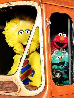 Foto de 'Plaza Sésamo', a propósito de llegada de dos Muppets negros al elenco