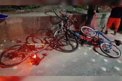 Imagen del accidente en que conductor arrolló a 10 ciclistas que iban por una autopista, en Cúcuta