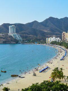 Anuncian toque de queda y cierre de playas en Santa Marta para Semana Santa.