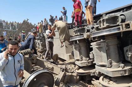 Choque de dos trenes en Egipto