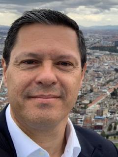 Juan Roberto Vargas, director de Noticias Caracol, que tiene COVID-19
