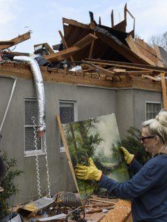 Imagen de daños por el tornado en Alabama (Estados Unidos) que deja 5 muertos y miles de damnificados