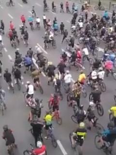 Ladrón de ciclas y protestas de biciusarios en Bogotá, contra los robos
