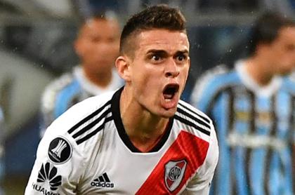 """Rafael Santos Borré se podría echar para atrás luego de darle su """"sí"""" a Gremio. Imagen del delantero colombiano de River Plate."""