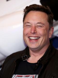 Foto de Elon Musk ilustra nota sobre sus relaciones amorosas