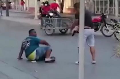Hombre que enfrentó a ladrón en Santa Marta y lo desarmó