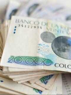 Billetes de 20.000 pesos ilustra nota sobre cuánto cobrar si toca trabajar en Semana Santa