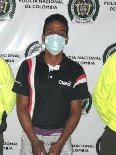 Joven capturado por haber matado a mujer venezolana se escapó de la estación de Policía de Santo Tomás.