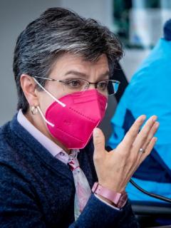 Claudia López, alcaldesa de Bogotá, minutos antes de anunciar prolongación del toque de queda.
