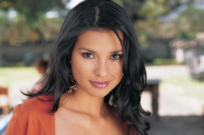 Paola Rey como Jimena Elizondo en 'Pasión de gavilanes', a propósito de que volvió a la hacienda Elizondo y puso a soñar con segunda parte de la novela.