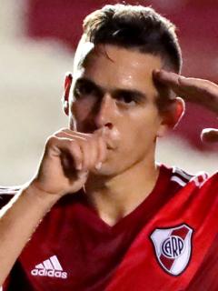 Celta de Vigo lanza jugosa oferta por Rafael Santos Borré, delantero de River Plate. Imagen de referencia del barranquillero.