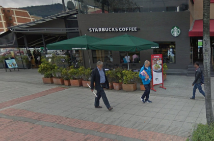 Starbucks de la calle 116, donde asaltaron a varios clientes