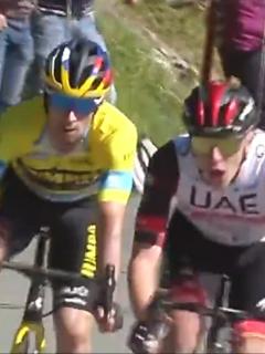Pogacar vence a Roglic en tercera etapa de Vuelta al País Vasco