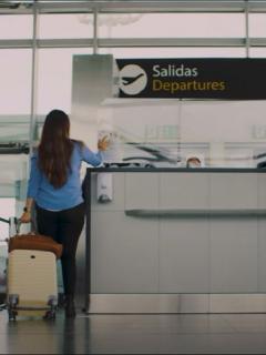 Imagen del aeropuerto El Dorado en Bogotá, que anuncia nuevos cambios en protocolos de bioseguridad