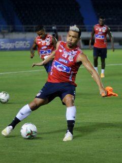 Teófilo Gutiérrez, delantero del Junior de Barranquilla, se iría a Emiratos Árabes Unidos.