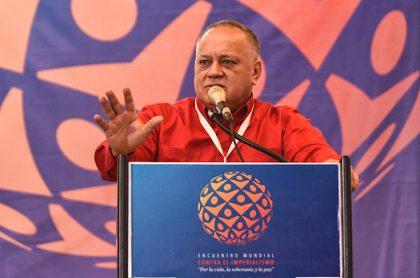Diosdado Cabello amenaza a periodistas.