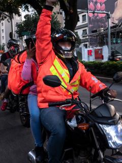 Domiciliarios no podrán circular con parrillero en Bogotá para frenar atracos