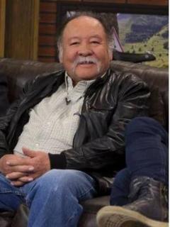 Cerdo Molina y Carlos Vives, quien ayudó al popular personaje a aparecer en la televisión