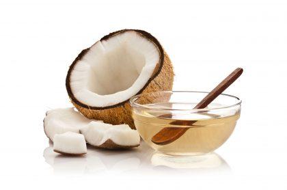 ¿Para qué sirve el aceite de coco?: propiedades y beneficios para piel y cabello