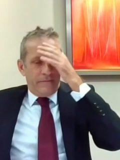 Embajador de Canadá en Colombia que se puso furioso porque pensó que había perdido conexión