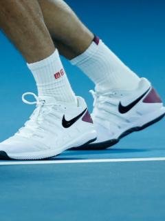 Tenis Nike, ilustra nota de Nike limpiará tenis usados y los revenderá para reducir desperdicios