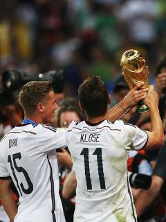 Foto de Klose ilustra nota sobre el goleador de la Copa de Mundo