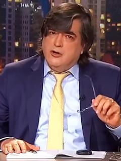 Ver programa de Jaime Bayly en Colombia, cabal Cosmovisión. Imagen del periodista peruano.