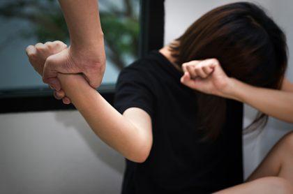El juez no lo consideró violencia intrafamiliar.