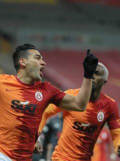 Falcao García volvió a marcar con el Galatasaray y se reportó en el tanteador frente al Besiktas por la fecha 40 de la Superliga Turca.