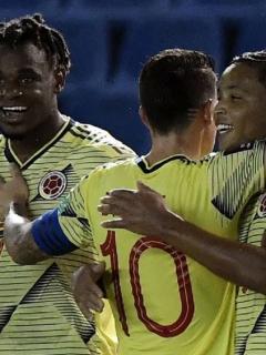 Critica de Iván Mejía a prensa colombiana por sobrevalorar a James Rodríguez y no pararles bolas a Luis Fernando Muriel y Duván Zapata.