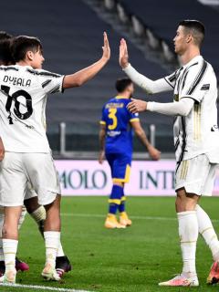 Foto del equipo de la Juventus ilustra nota sobre Cristiano Ronaldo Y Paulo Dybala