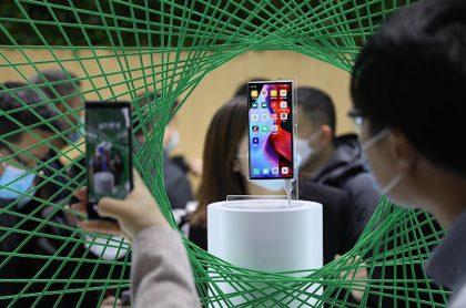 Celulares chinos Oppo de gama media, con 5G, se venden por 800.000 pesos