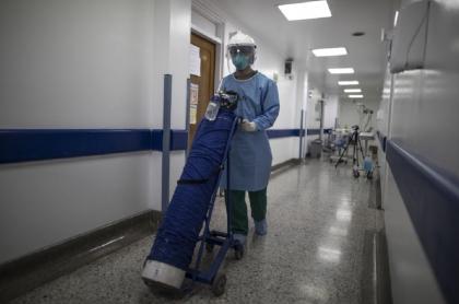 El Gobierno anunció este 27 de abril que retiraba los aranceles a la importación de oxígeno por la alta demanda durante tercer pico de la pandemia.