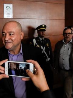 Julián Gallo y Rodrigo Londoño, cuando comparecieron ante la JEP, que aceptaron delito de secuestro en las Farc