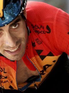 Giro de Italia: colombiano Santiago Buitrago, afuera de la lista del Bahrain. Imagen de Míkel Landa.