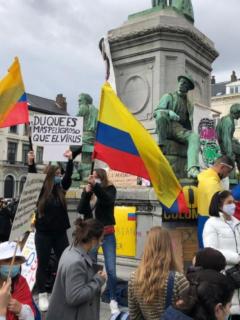 Colombianos se reunieron en Bruselas para protestar frente al Parlamento Europeo contra represión