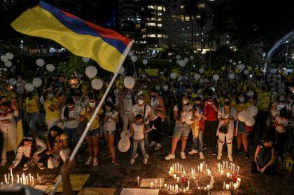Velatón en Colombia ilustra nota sobre estado de salud de menor baleado junto a Lucas VIlla