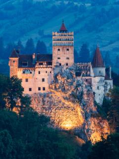 Castillo de Bran, ilustra nota de Castillo de Drácula ofrece gratis vacunas contra el coronavirus para visitantes