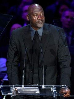 Michael Jordan, quien revela los últimos mensajes que intercambió con Kobe Bryant
