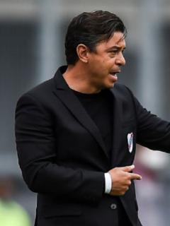 El alcalde de Barranquilla dijo que el técnico Marcelo Gallardo pidió poner música en el estadio.