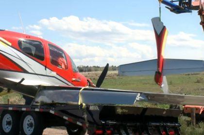 Trozo del avión que desplegó el paracaídas
