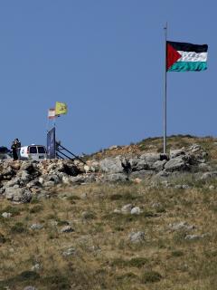 Imagen de los soldados de Israel y del Líbano que se despliegan en la frontera