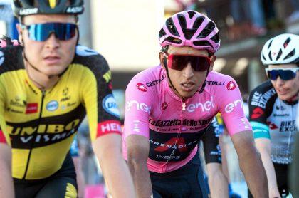 Egan Bernal durante la etapa 11 del Giro de Italia 2021. Clasificación general.