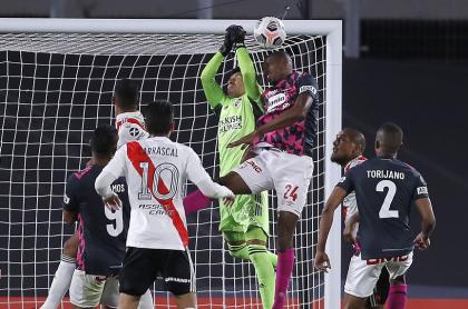 'Rating' de ESPN por el partido River Plate vs. Independiente Santa Fe por Copa Libertadores, en el que Enzo Pérez jugó de arquero en el club argentino.