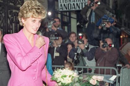 Foto de la princesa Diana ilustra artículo Escándalo de irregular entrevista a Lady Di hace que Londres piense reformar BBC