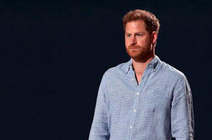 """Príncipe Harry vuelve a arremeter contra la familia real, por """"indiferencia"""""""