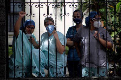 Imagen de médicos que ilustra nota; Paro nacional: Cambio Radical presentará nueva reforma a la salud