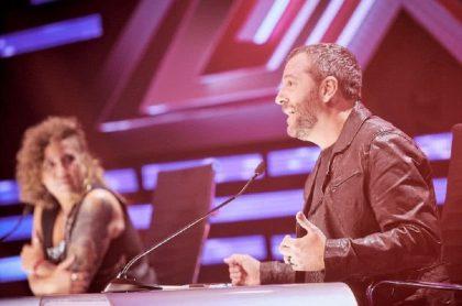 José Gaviria y Rosana, jurado de 'Factor X', a propósito de gala de eliminación en la que salió 'Áfrika' y se quedaron Son pasión y 'Tavo'.