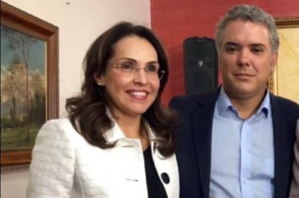 Viviane Morales, en foto junto a Iván Duque en campaña, renunció a su cargo de embajadora en Francia