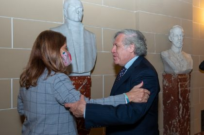 Marta Lucía Ramírez y Luis Almagro, que hablaron del paro nacional en Colombia.